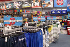 what's hot this summer at modell's?